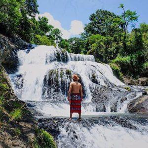 Air terjun Latta Pitue Kabupaten Pinrang