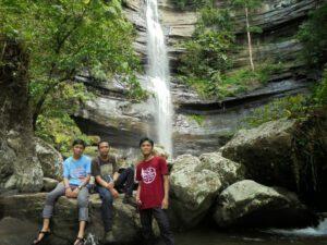 Air terjun Karawa Pinrang