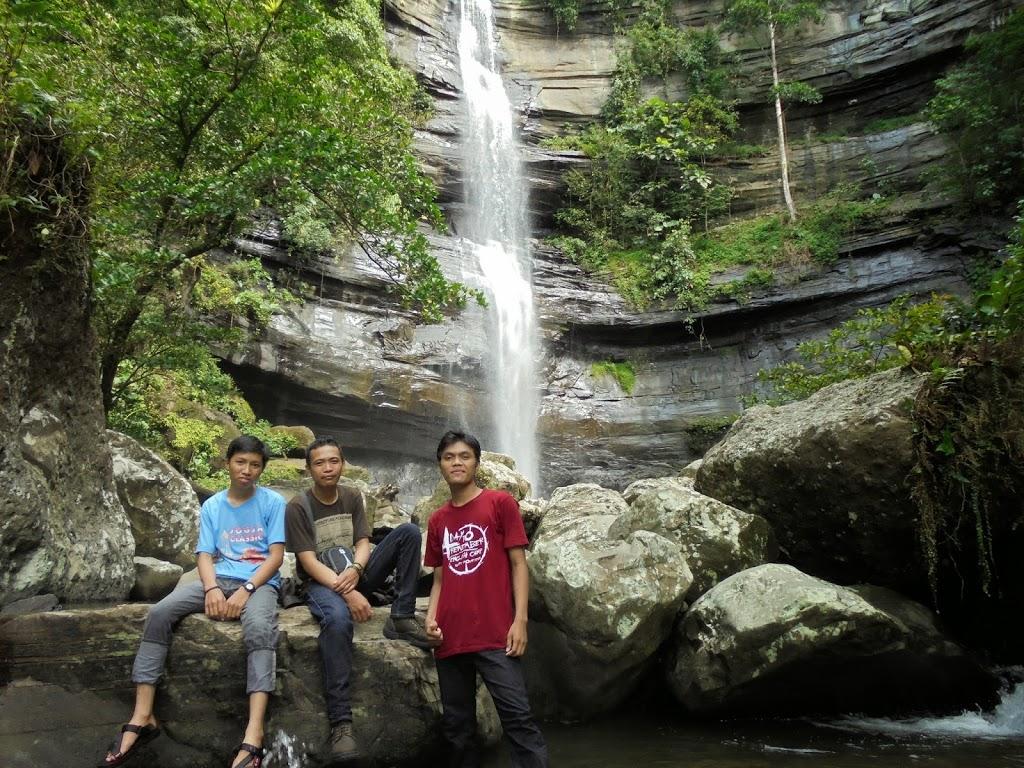 8 Wisata Air Terjun di Pinrang yang Saingi Air Terjun Bantimurung