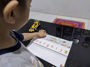 Cara Membuat Artikel yang SEO Fredly, Bisa Dinikmati Banyak Orang Bocahku yang kini mulai belajar membaca dan menulis huruf demi huruf.