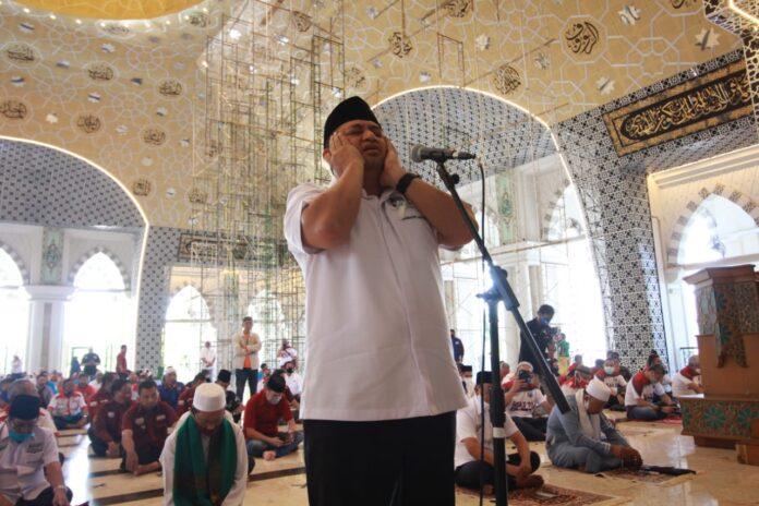 Appi Azan, Rahman Ikamah di Masjid Raya Makassar