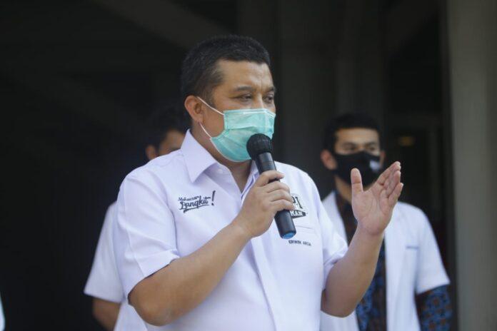 Erwin Aksa Pecat Eep
